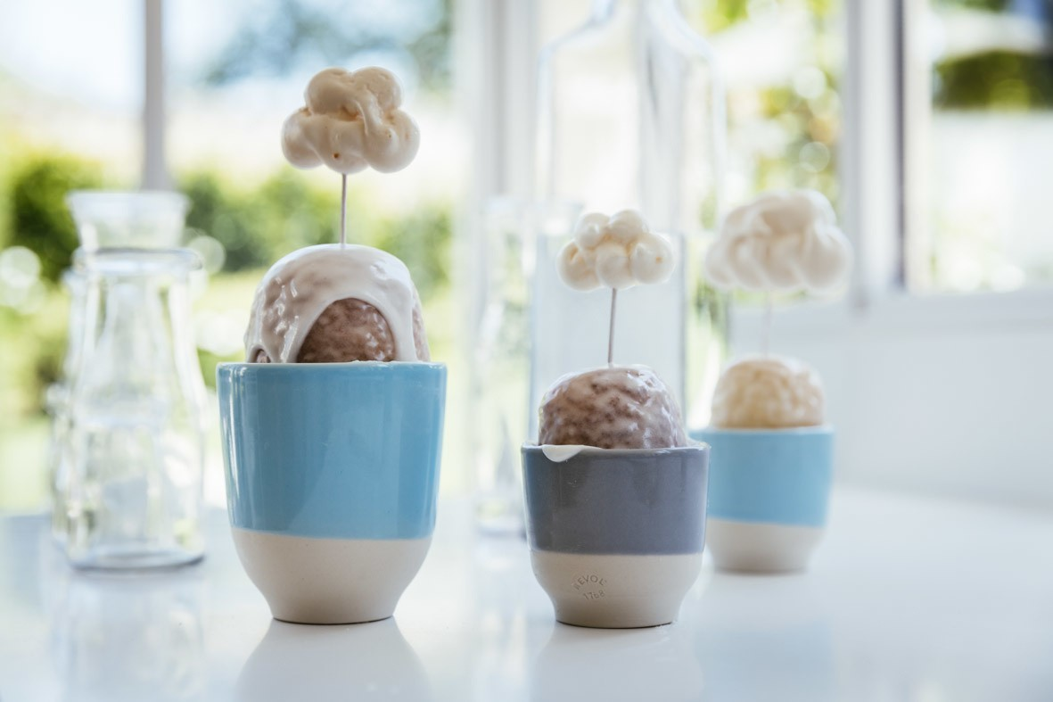 Cloud meringues