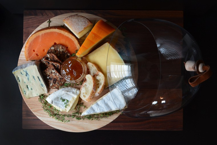 How to Assemble an Easy French Cheese Board