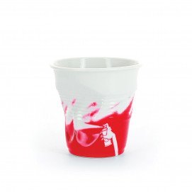 crumpled coffee cup red monochrom
