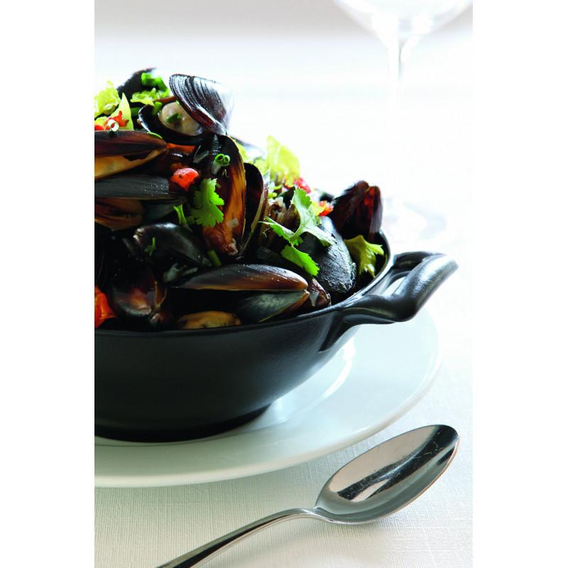 Black cast iron style salad bowl belle cuisine - Photo belle cuisine ...