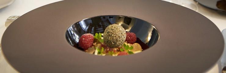 Croquette de truffe en assiette sphere Revol