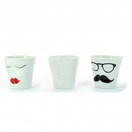 Set of 3 crumpled espresso cups, white, Mr & Mrs, in porcelain